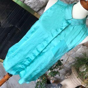 Sleeveless aqua blue green button collared blouse